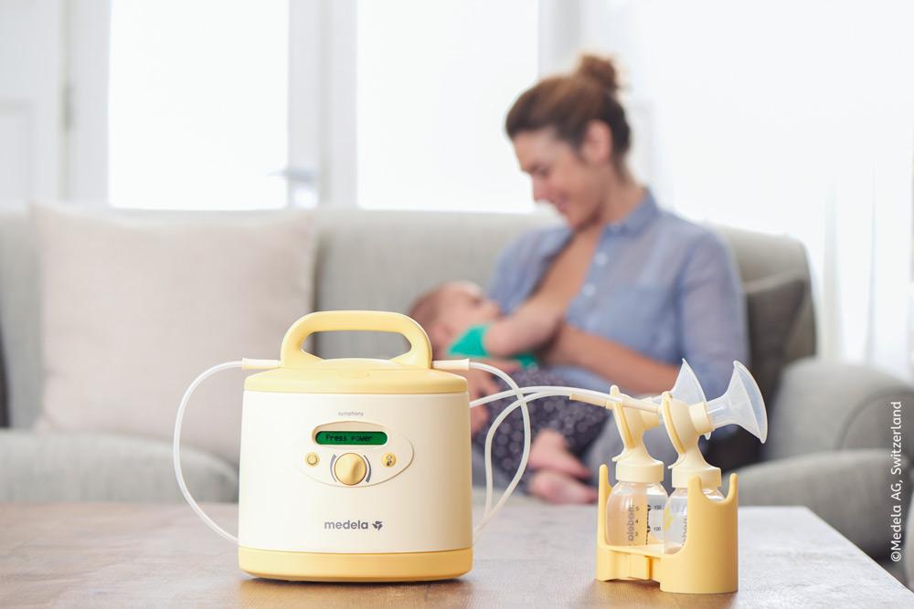 Die klinisch getestete, elektrische Doppelmilchpumpe Symphony wurde speziell dafür entwickelt, dich als Mami während deiner gesamten Stillzeit zu unterstützen und eine angemessene Milchbildung anzuregen, aufzubauen und aufrechtzuerhalten.