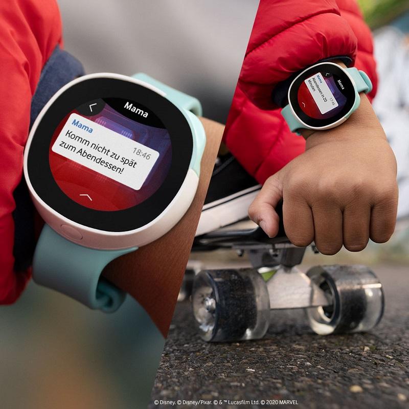 Mit Neo bist du mit deinen Kids immer sicher verbunden, egal ob mit Anrufen, Chats oder Emojis. Bild: Vodafone