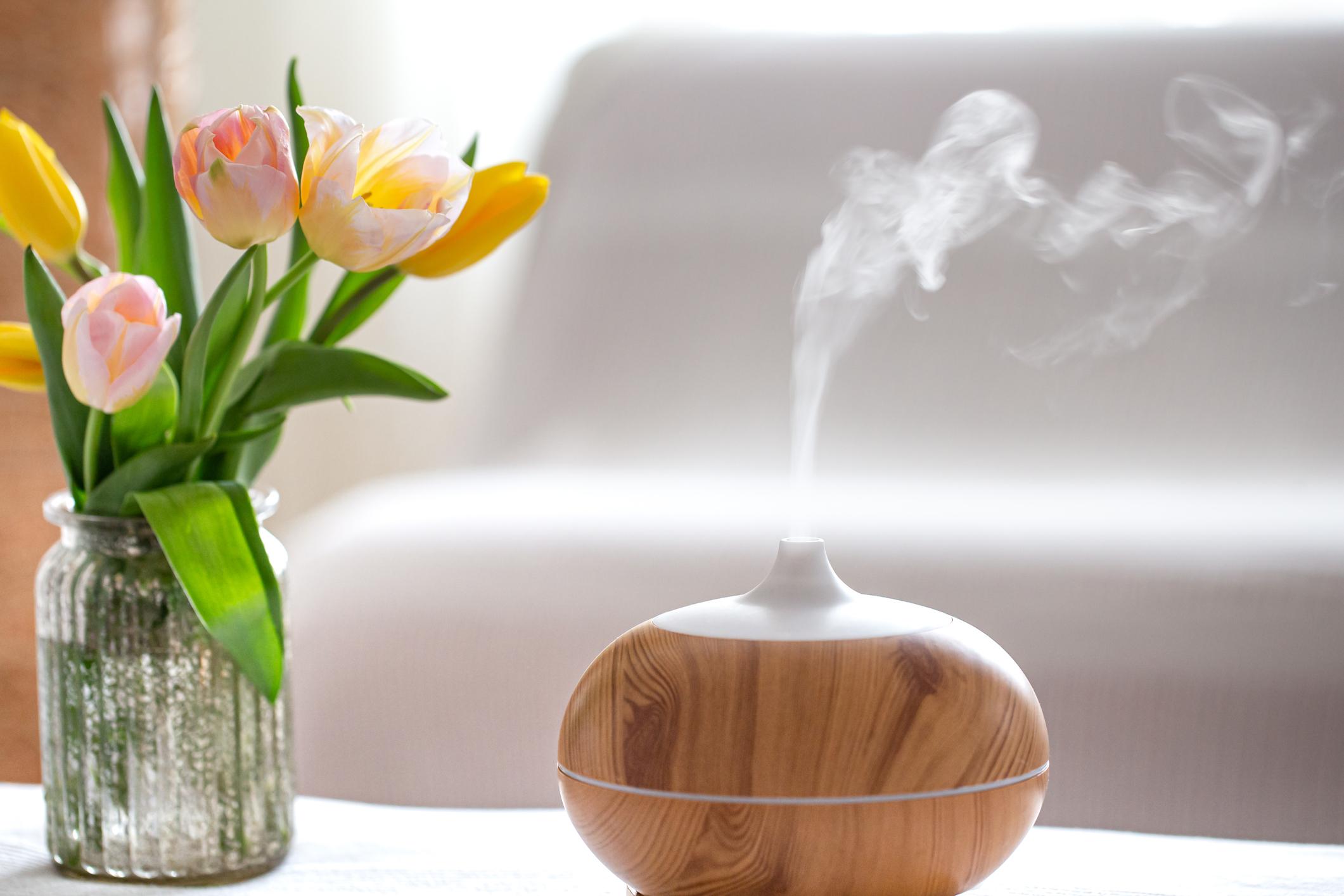 Ätherische Öle sorgen für Wohlbefinden von Körper, Geist und Seele. Bild: Getty Images / puhimec