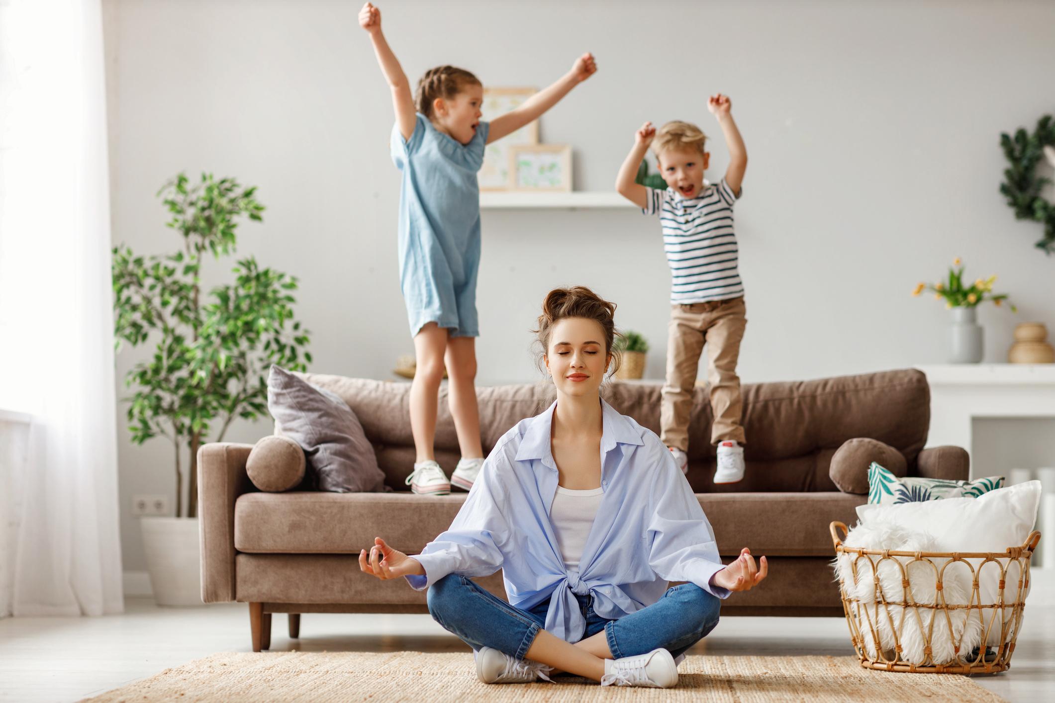 Mit diesen One-Minute-Auszeiten finden gestresste Mamis wieder zu neuer Energie